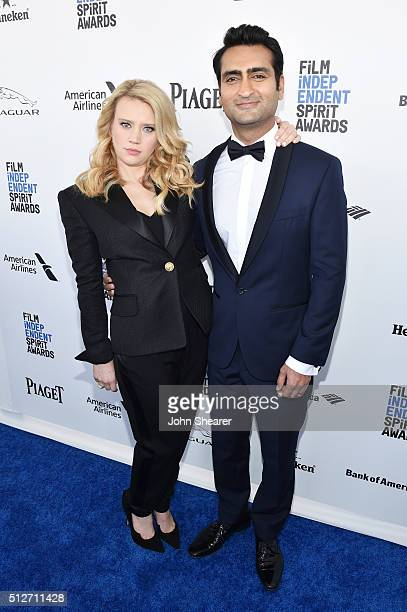 Cohosts Kate McKinnon and Kumail Nanjiani attend the 2016 Film Independent Spirit Awards on February 27 2016 in Santa Monica California
