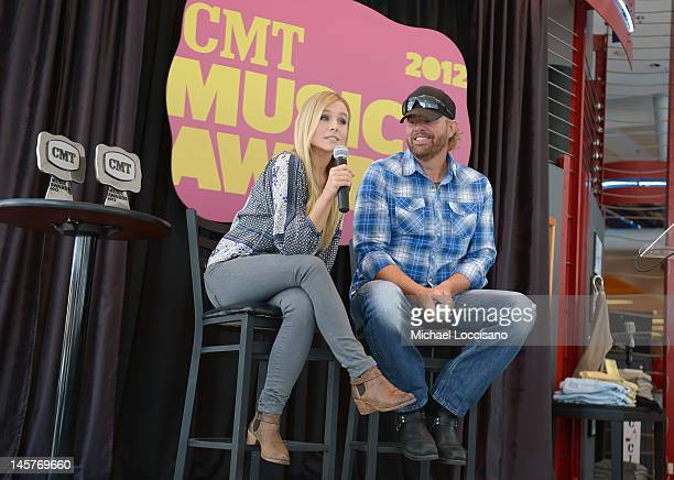 Cohosts Kristen Bell and Toby Keith attend the 2012 CMT Music Awards press conference at the Nashville Visitor Information Center on June 5 2012 in...
