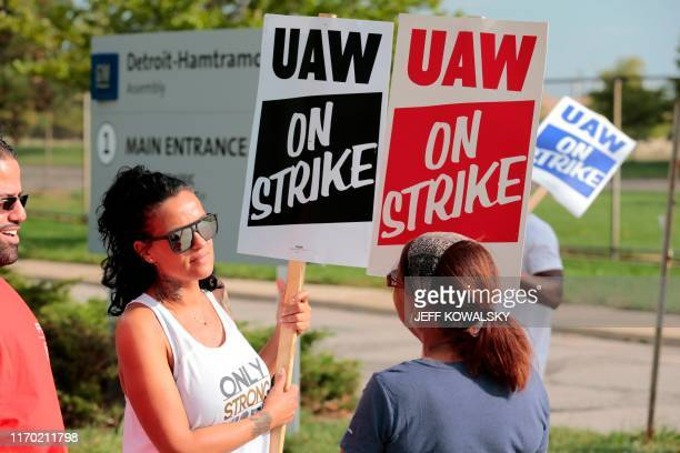Coianne Abant a member of the United Auto Workers Local 598 and supporters picket outside of General Motors DetroitHamtramck Assembly in Detroit...