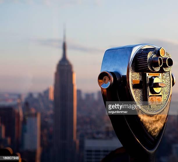 Gerät mit Geldeinwurf Fernglas und Empire State Building