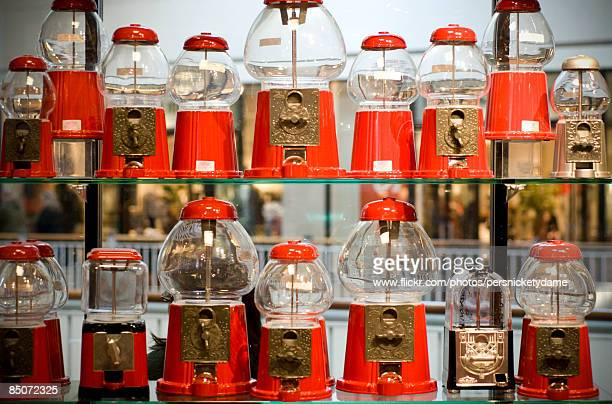 coin operated gumball machines - gumball machine stock pictures, royalty-free photos & images