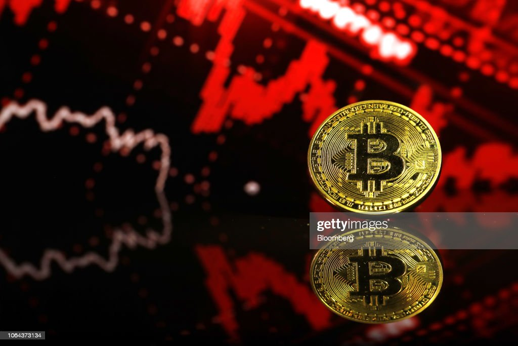 File: Crypto Losses Near $700 Billion In Worst Week Since Bubble Burst : Nachrichtenfoto