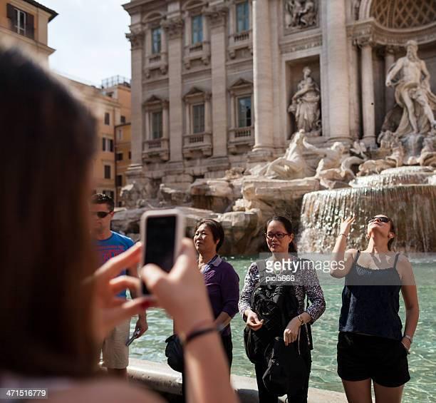 Lancio della moneta nella Fontana di Trevi, Roma