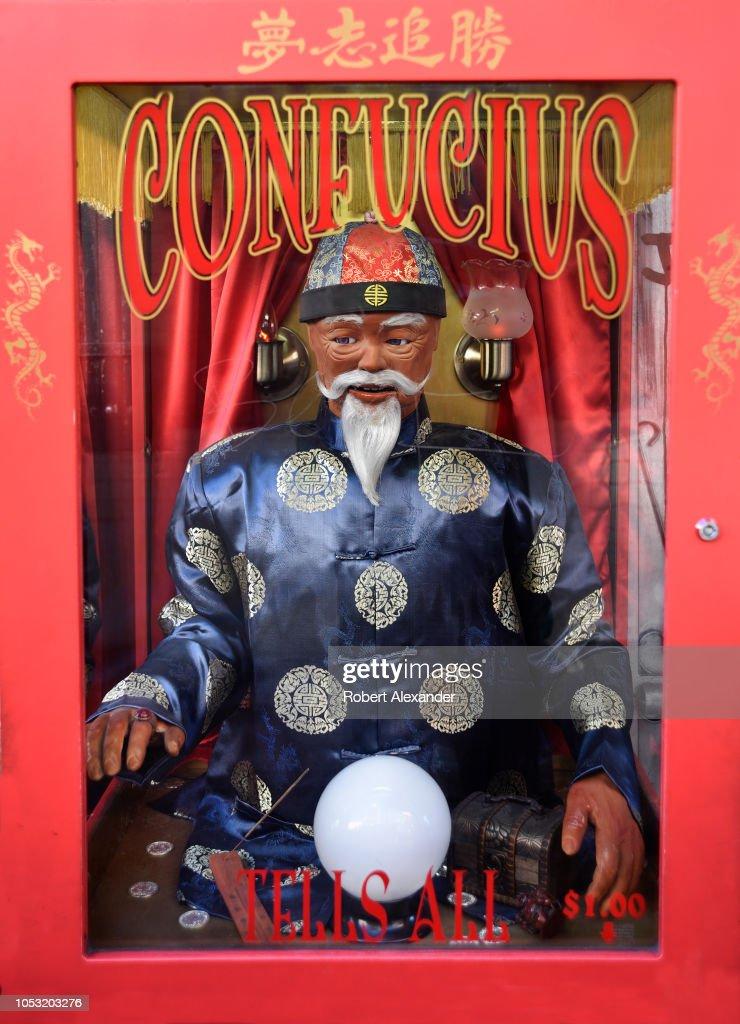 Chinatown in San Francisco, California : News Photo