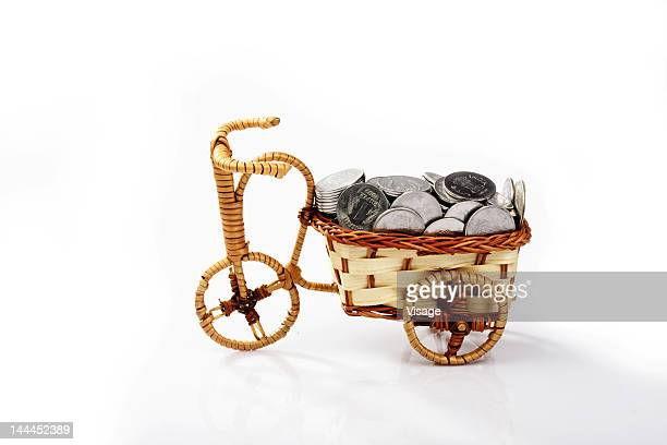 Coins in a toy cycle
