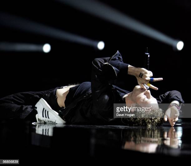 Coldplay frontman Chris Martin performs on stage at The Brit Awards 2006 with MasterCard at Earls Court 1 on February 15 2006 in London England The...