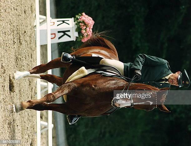 - colDressurreiter,Dauf Goldstern, Deutsche Meisterschaft- 1992