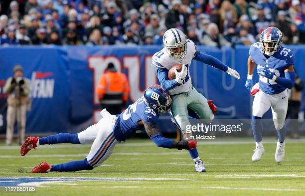 Cole Beasley of the Dallas Cowboys in action against Curtis Riley of the New York Giants on December 30 2018 at MetLife Stadium in East Rutherford...
