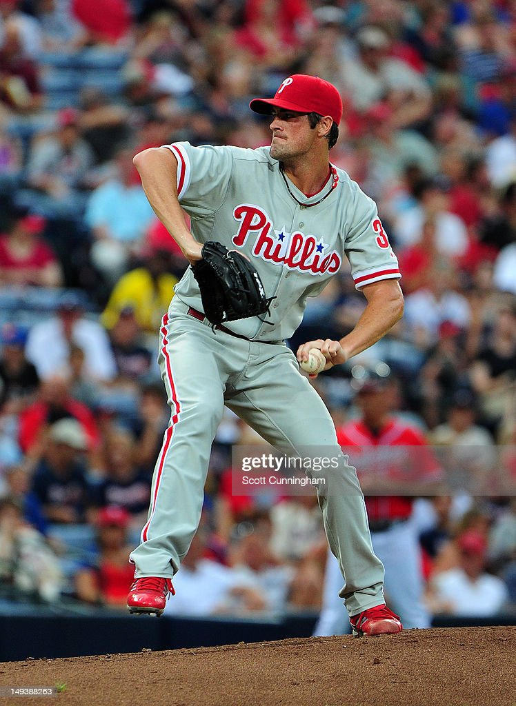 Cole Hamels #35 of the Philadelphia Phillies pitches against the Atlanta Braves at Turner Field on July 27, 2012 in Atlanta, Georgia.