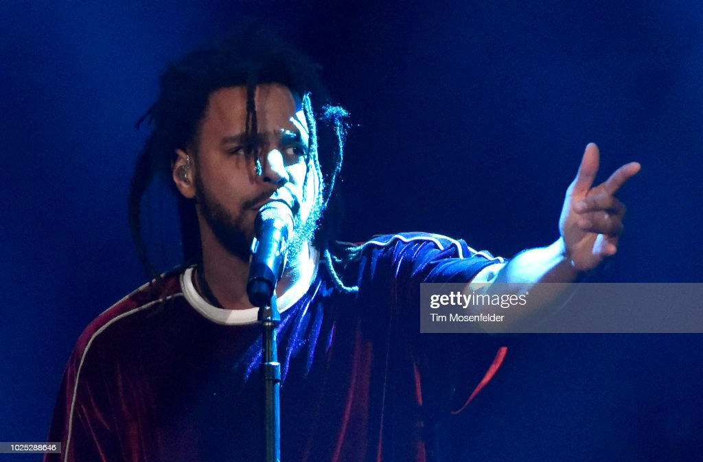 J. Cole In Concert - Oakland, CA : News Photo