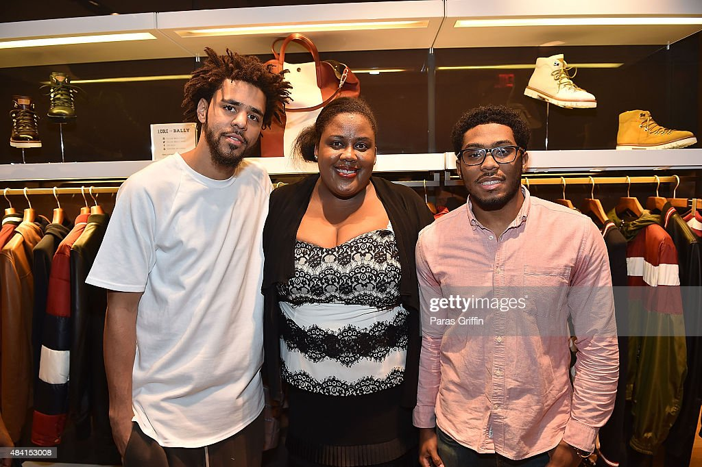 cb22defbbd1 J. Cole, Shavalerie DeOnte Thurman and her son attend J. Cole For ...