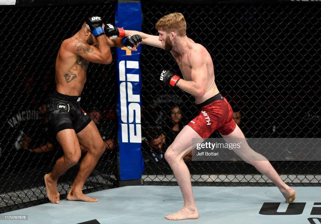 UFC Fight Night: Smith v Johns : News Photo