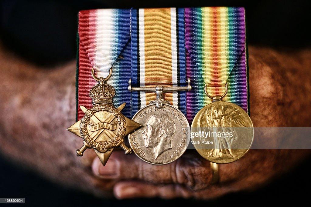 Australian Descendants Of Gallipoli Anzacs : News Photo