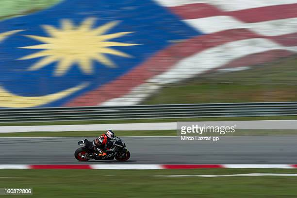 Colin Edwards of USA and NGM Mobile Forward Racing rounds the bend during the MotoGP Tests in Sepang Day Five at Sepang Circuit on February 7 2013 in...