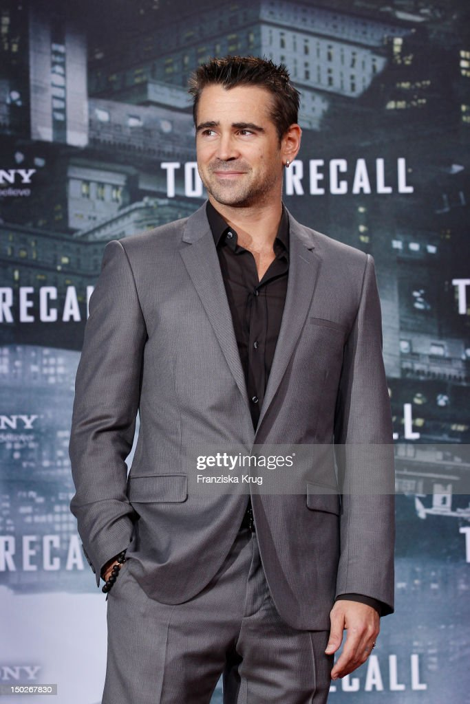Colin Farrell attends the German premiere of 'Total Recall' at Sony Center on August 13, 2012 in Berlin, Germany.