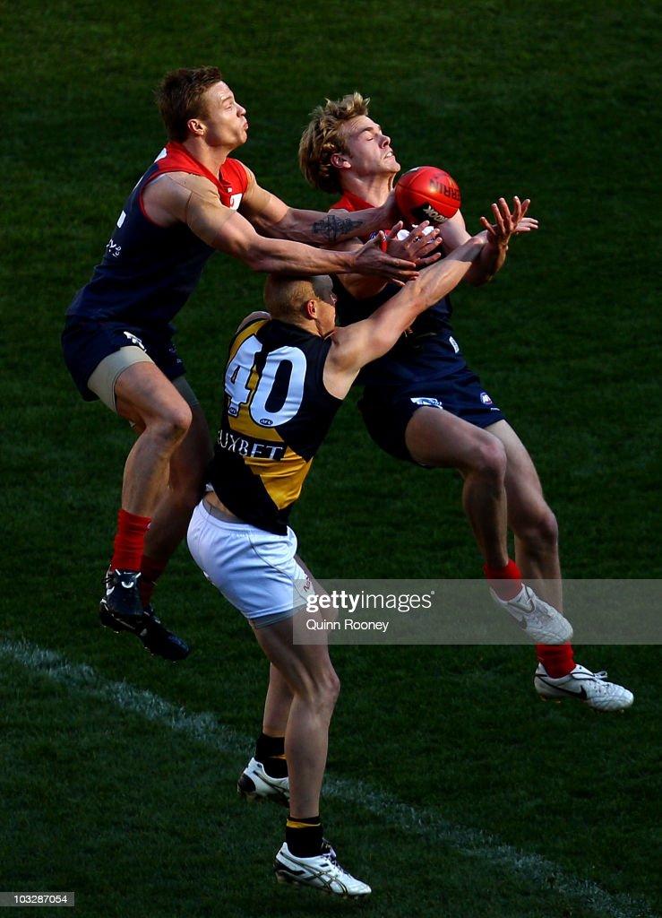 AFL Rd 19 - Demons v Tigers