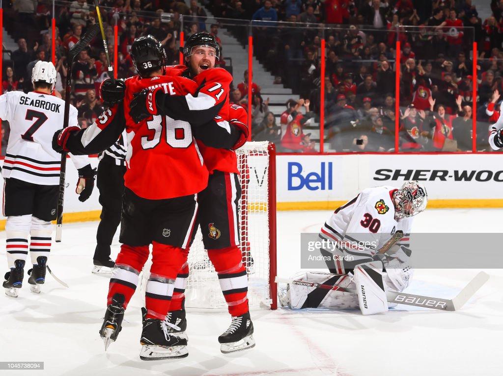 Chicago Blackhawks v Ottawa Senators : Nachrichtenfoto