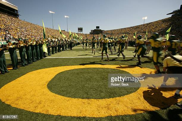 Coll Football Oregon before game vs Michigan at Autzen Stadium Eugene OR 9/20/2003