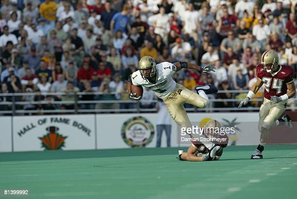 Coll Football Pittsburgh's Larry Fitzgerald in action vs Boston College Chestnut Hill MA 11/1/2003