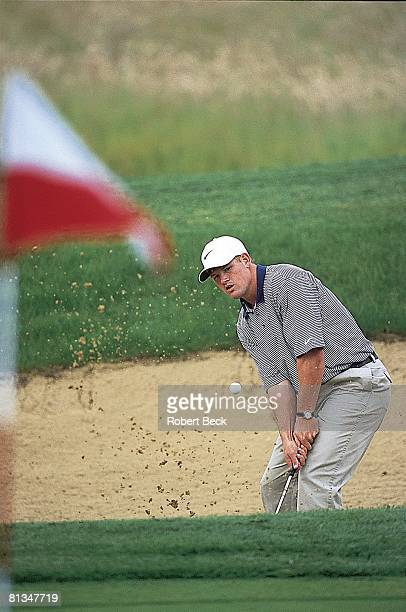 Coll Football UCLA QB Cade McNown playing golf Portland OR 6/24/1998