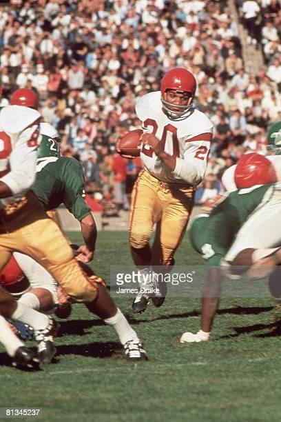 Coll Football USC's Mike Garrett in action vs Michigan State East Lansing MI 10/3/1964