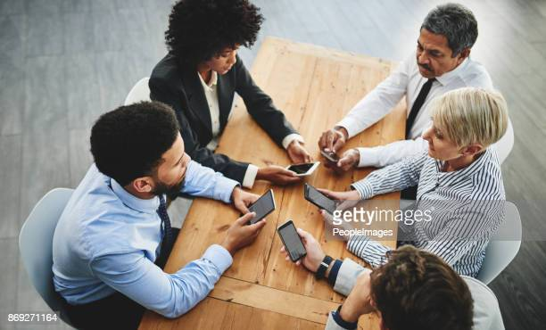 Collaborating through wireless connections