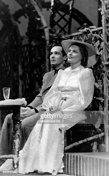 Collande Gisela von Actress Germany* with actor Peter Mosbachen in 'Lina Nordmann' by Erna Weissenborn Photographer Ruth Wilhelmi Published by 'Das...