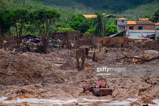 Colapso de extracção Fundação barragem em Mariana