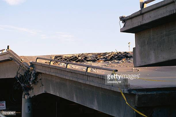 collapsed bridge - collapsing stock pictures, royalty-free photos & images