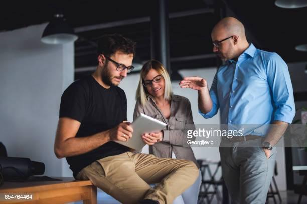 Collega's samen te werken