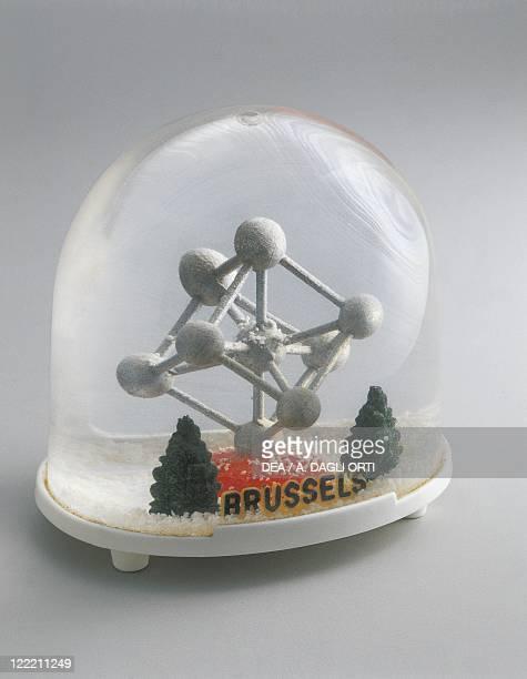 Collecting Snowglobes Belgium Bruxelles International Exhibition Souvenir Atom