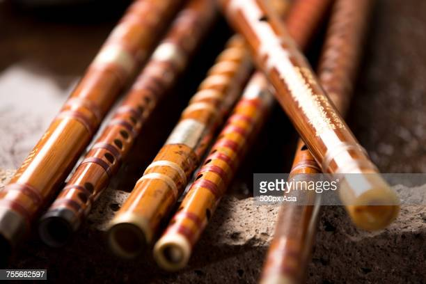 collection of bamboo flutes, china - bamboo flute foto e immagini stock