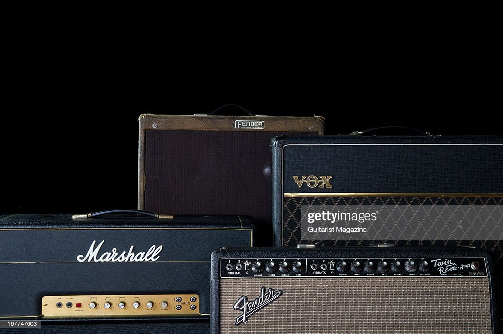 Amplis - Page 6 Collection-of-vintage-electric-guitar-amplifiers-1969-marshall-super-picture-id167747603
