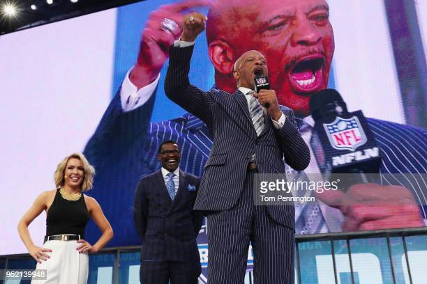 Colleen Wolfe of NFL Network Pro Football Hall of Famer and NFL Network Analyst Michael Irvin and former NFL wide receiver Drew Pearson stand onstage...