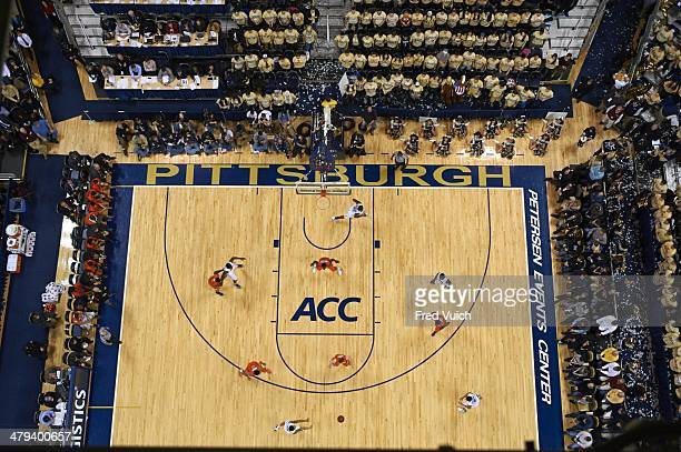 Aerial view of Syracuse playing zone defense vs Pittsburgh at Petersen Events Center Pittsburgh PA CREDIT Fred Vuich