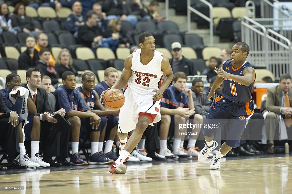 Rutgers Mike Poole In Action Vs Auburn At Consol Energy