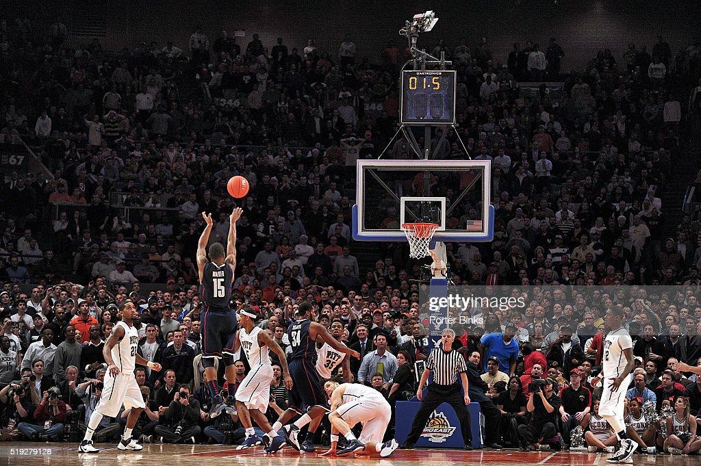 University of Pittsburgh vs University of Connecticut, 2011 Big East Tournament : News Photo