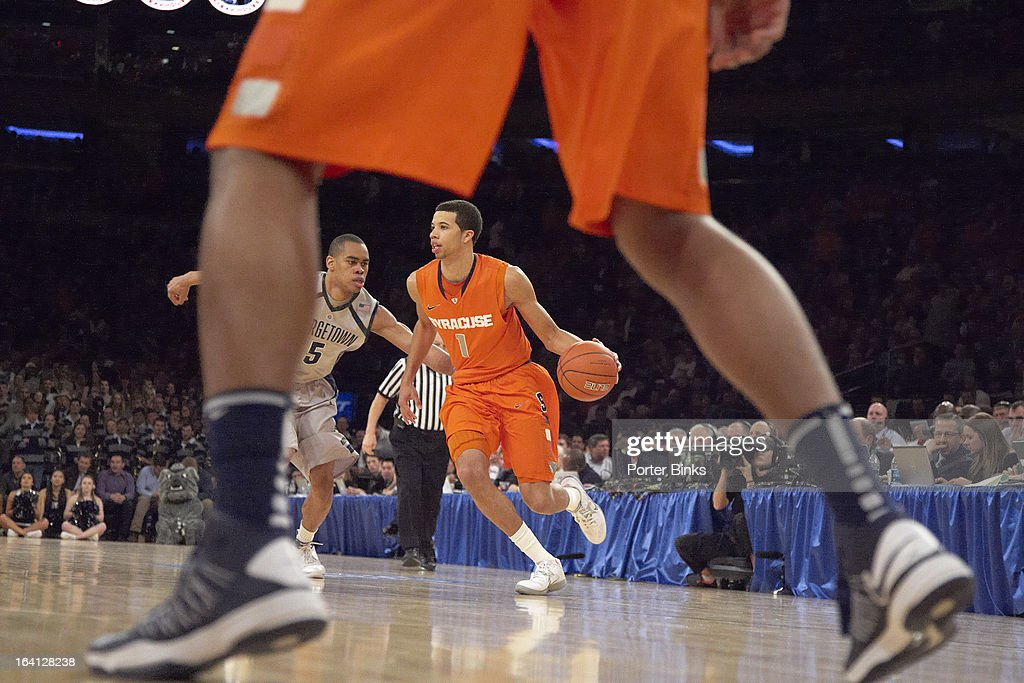 Syracuse Michael Carter-Williams (1) in action vs Georgetown during Semifinal game at Madison Square Garden. Porter Binks F17 )