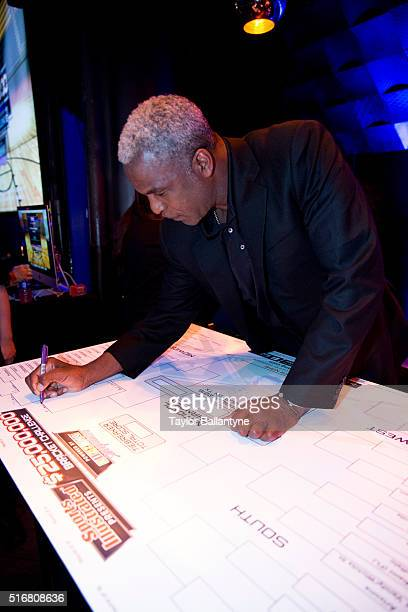 Bracket Challenge Party Former NBA player Charles Oakley fills out his bracket during event at Slate New York NY CREDIT Taylor Ballantyne