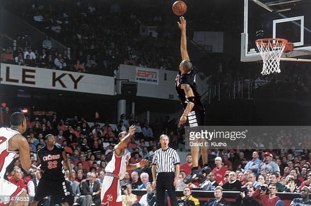 College Basketball Cincinnati Kenyon Martin in action attempting block shot vs Louisville Louisville KY 1/27/2000