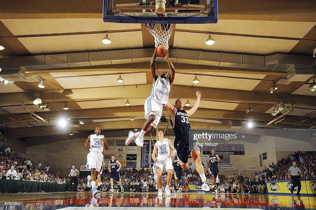 UNC Ty Lawson (5) in action, dunk vs Notre Dame Zach Hillesland (