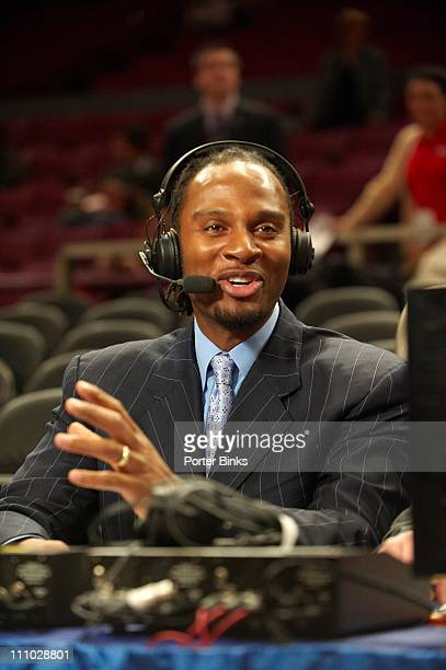 ESPNU announcer LaPhonso Ellis before the St John's vs Syracuse game at Madison Square Garden New York NY 1/12/2011CREDIT Porter Binks