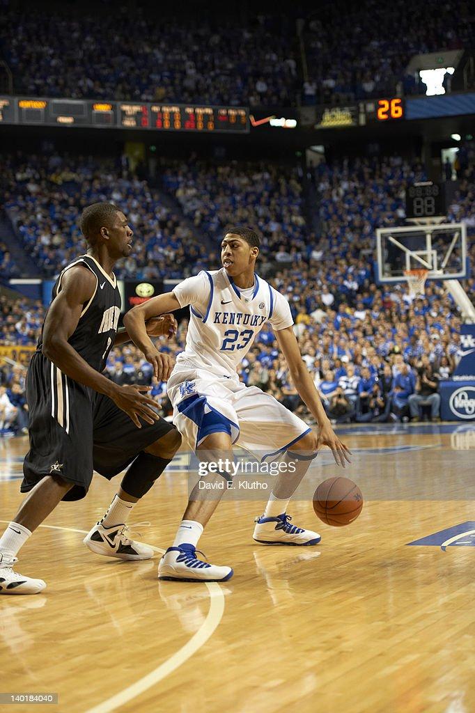 Kentucky Anthony Davis (23) in action vs Vanderbilt at Rupp Arena. David E. Klutho F28 )