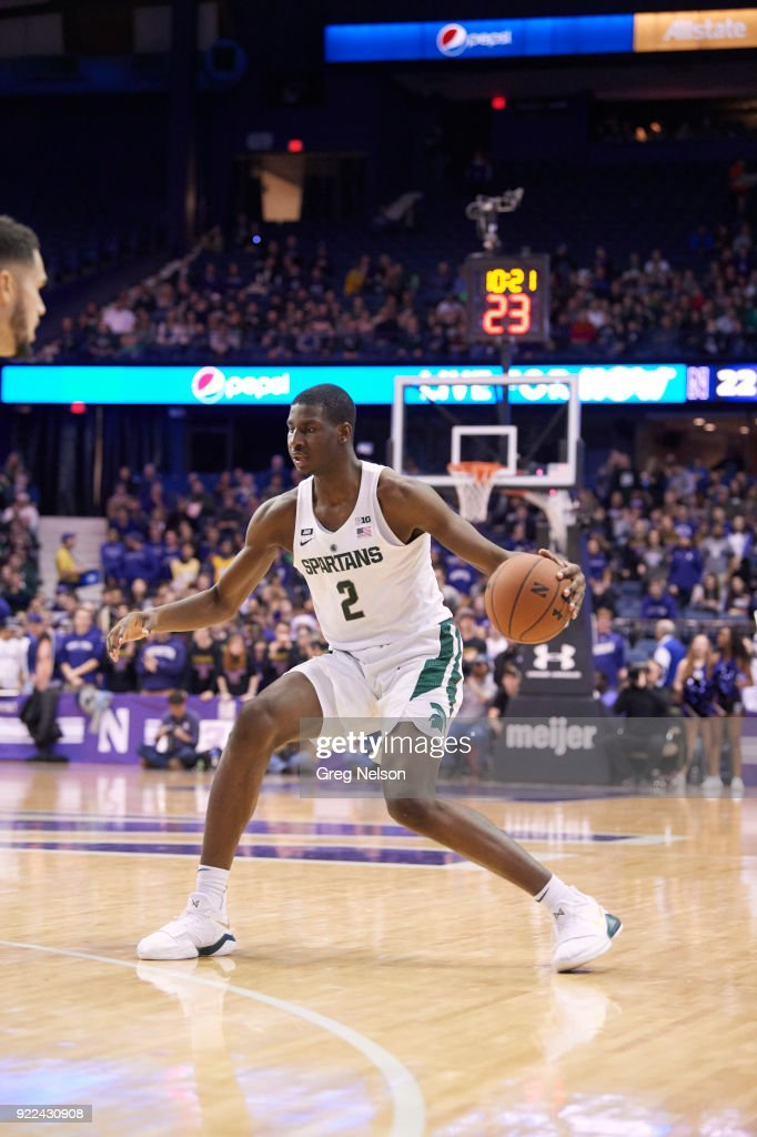 Michigan State Jaren Jackson Jr. (2) in action vs Northwestern at Allstate Arena. Greg Nelson TK1 )