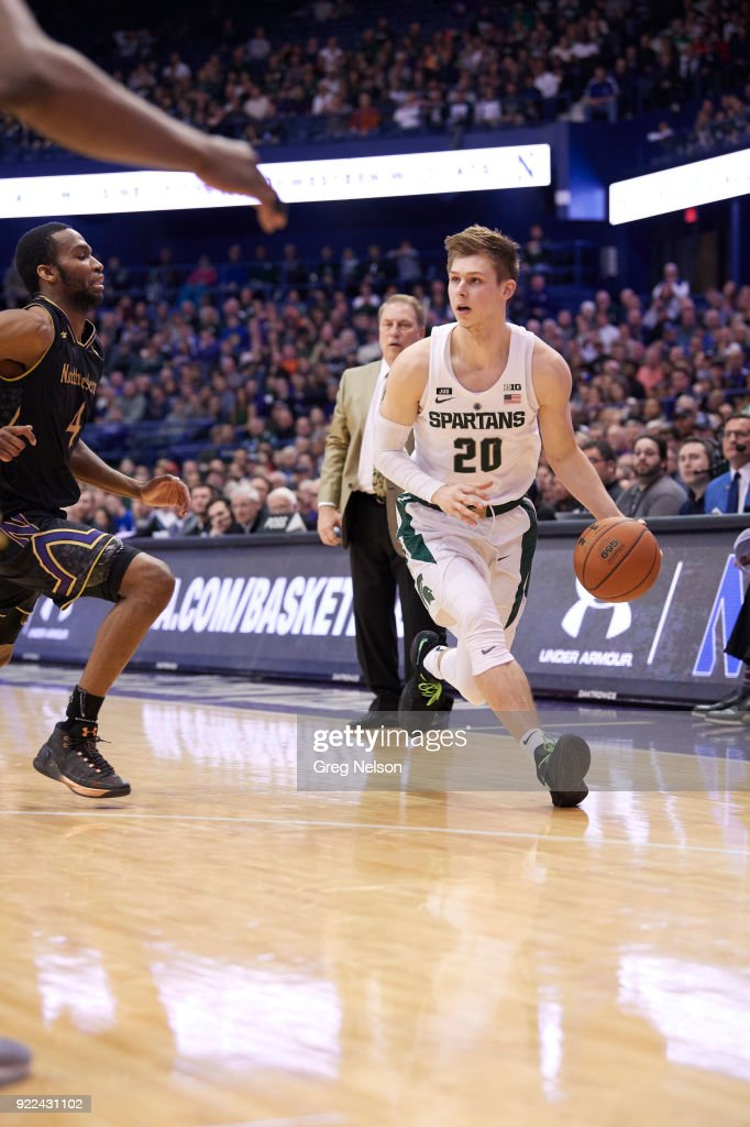 Michigan State Matt McQuaid (20) in action vs Northwestern at Allstate Arena. Greg Nelson TK1 )