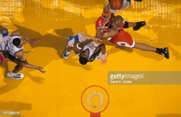 NCAA Final Four Aerial view of Syracuse Otis Hill in action vs Kentucky Walter McCarty at Brendan Byrne Arena East Rutherford NJ CREDIT David E Klutho