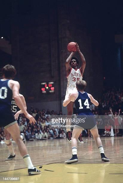 NCAA Playoffs Austin Peay James 'Fly' Williams in action shot vs Kentucky at Memorial Gymnasium Nashville TN CREDIT Heinz Kluetmeier