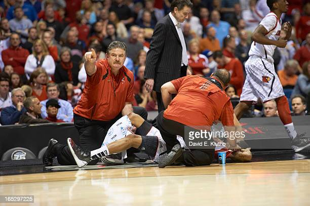 60 Top Kevin Ware Leg Pictures, Photos and Images - Getty Images