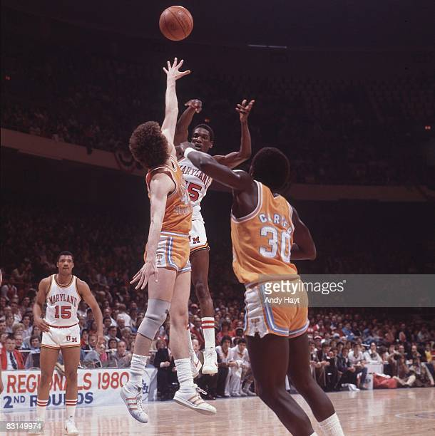 NCAA Playoffs Maryland Albert King in action making pass shot vs Tennessee Greensboro NC 3/8/1980 CREDIT Andy Hayt