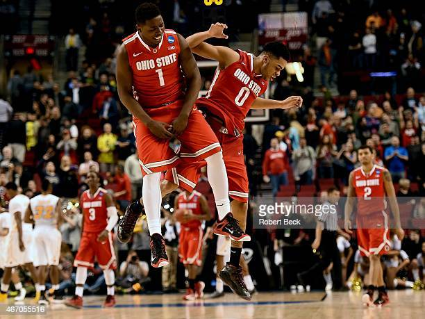 NCAA Playoffs Ohio State Jae'Sean Tate and D'Angelo Russell victorious during game vs Virginia Commonwealth at Rose Garden Portland OR CREDIT Robert...